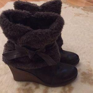 Bare Traps boots